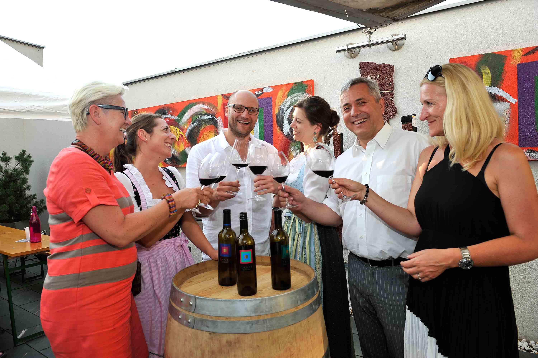 Weinverkostung beim Rotweinfestival